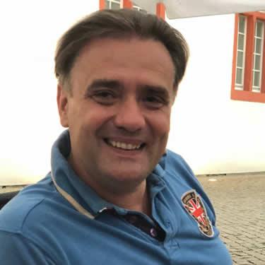 Dr. Martin Stein